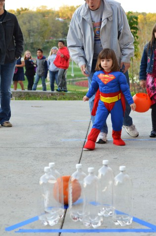 Fright Night event scares, delights trick-or-treaters