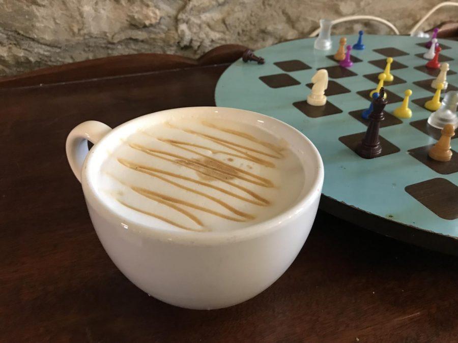 Parkville Coffee house Carmel drizzle latte