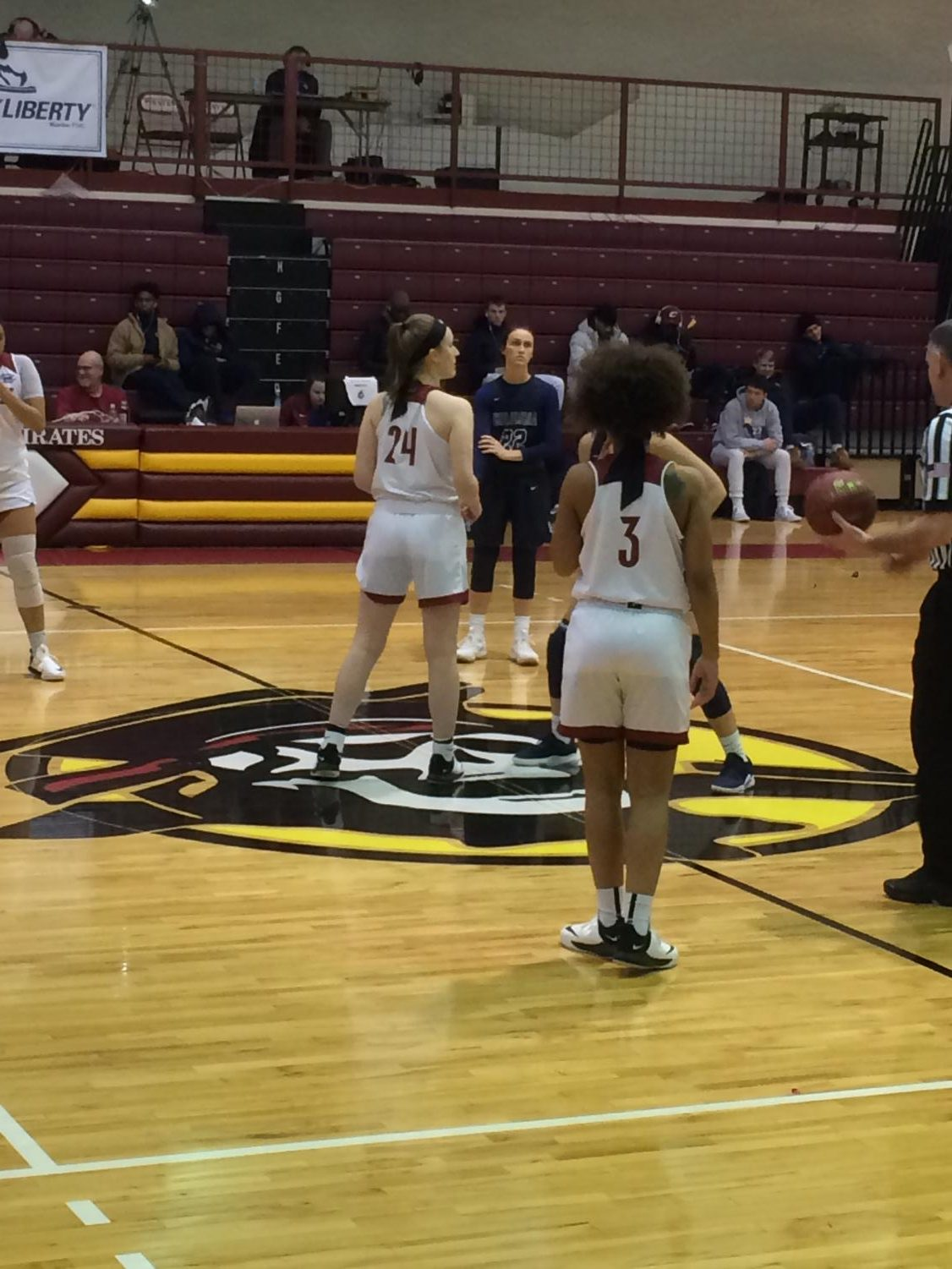 Lady Pirates about to tip off vs Columbia Cougars