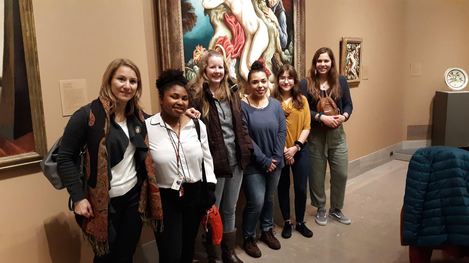 Silvia Byer, Ph.D., Leah Winn, Savannah Oesterle, Breanna Dworak, Steaphanie Betancourt and Alissa Flint visited the Nelson-Atkins Museum of Art in KC.