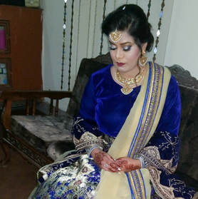 Zartasha Sani dressed in traditional Pakistani wedding attire before attending her friend's wedding.