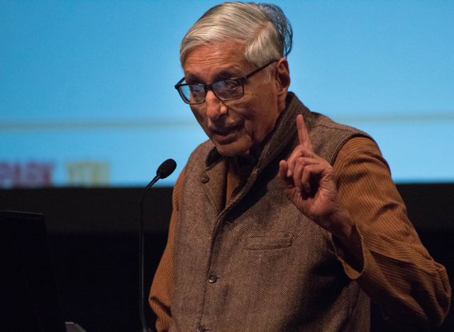 Rajmohan Gandhi, Ph.D., speaking about Mahatma Gandhi's legacy of peace, in the Park University Chapel on Aug. 26.