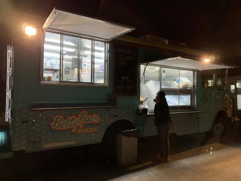 Betty Rae's food truck